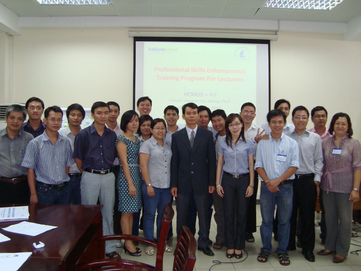 Khóa tập huấn nâng cao kỹ năng chuyên nghiệp dành cho giảng viên Khoa CNTT, ĐHKHTN TPHCM